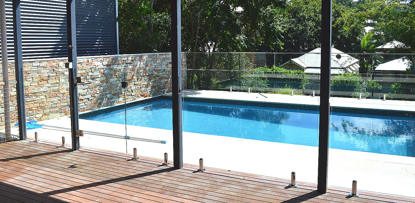 Frameless-Glass-Pool-Fencing-Timber-Deck-Brisbane
